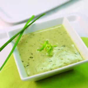 Суп с вкусом курицы с крутонами